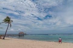 Ήρεμη καραϊβική παραλία θάλασσας στο Playa del Carmen στοκ φωτογραφίες