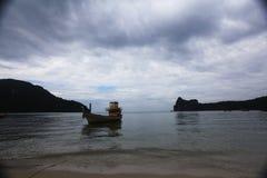 Ήρεμος κόλπος θάλασσας τοπίων βραδιού στοκ φωτογραφία με δικαίωμα ελεύθερης χρήσης