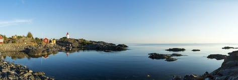 Ήρεμο αρχιπέλαγος της Στοκχόλμης βραδιού φάρων Landsort Στοκ Εικόνα