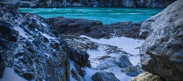 Ήρεμο και ειρηνικό υπόβαθρο φύσης του όμορφου ποταμού Γάγκης Στοκ Εικόνες