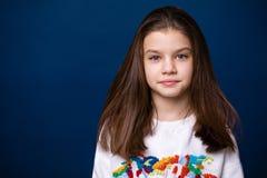 Ήρεμο μικρό κορίτσι brunette Στοκ φωτογραφία με δικαίωμα ελεύθερης χρήσης