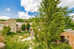 Ήρεμο χωριό στους λόφους Romagna στοκ φωτογραφία με δικαίωμα ελεύθερης χρήσης