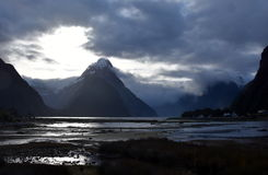 Ήχος Milford at low tide στο χειμερινό ηλιοβασίλεμα Στοκ εικόνα με δικαίωμα ελεύθερης χρήσης