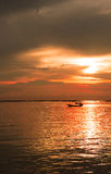 Ήλιος βραδιού θάλασσας στο ηλιοβασίλεμα Στοκ Φωτογραφίες