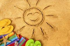 Ήλιος χαμόγελου θερινών παραλιών Στοκ εικόνα με δικαίωμα ελεύθερης χρήσης