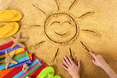 Ήλιος χαμόγελου θερινών παραλιών Στοκ Φωτογραφίες