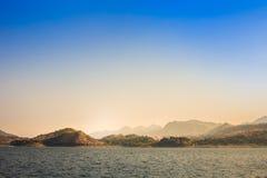 λίμνη και ουρανός Στοκ Εικόνες