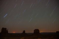Ίχνη αστεριών κοιλάδων μνημείων Στοκ Φωτογραφία