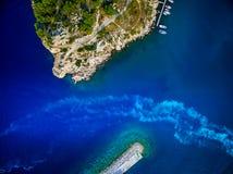 Ίχνη βαρκών στα λιμάνια στοκ φωτογραφίες με δικαίωμα ελεύθερης χρήσης