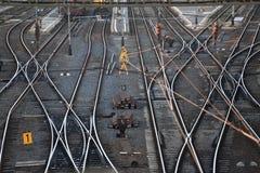 Ίχνη σιδηροδρομικών σταθμών στοκ φωτογραφία με δικαίωμα ελεύθερης χρήσης