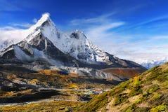 Ίχνος βουνών των Ιμαλαίων Νεπάλ Στοκ φωτογραφία με δικαίωμα ελεύθερης χρήσης