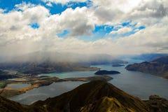 Ίχνος βουνών Wanaka λιμνών Στοκ Εικόνες