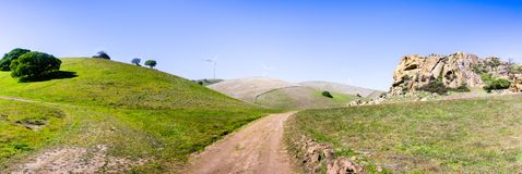 Ίχνος πεζοπορίας στους λόφους της περιοχής κόλπων του ανατολικού Σαν Φρανσίσκο στοκ φωτογραφία με δικαίωμα ελεύθερης χρήσης