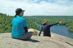 Ίχνος πεζοπορίας Dunder βράχου, Lyndhurst, Οντάριο, Καναδάς Στοκ Εικόνα