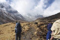 Ίχνος στρατόπεδων βάσεων Annapurna το χειμώνα Στοκ Εικόνες