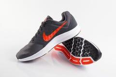 Ίχνος της Nike πάνινων παπουτσιών στοκ φωτογραφίες με δικαίωμα ελεύθερης χρήσης