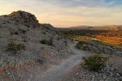 Ίχνος φύσης του χωριού Campground του Rio Grande το πρωί Στοκ Εικόνες