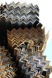 Ίδρυμα γωνίας σχεδιαγραμμάτων μετάλλων για τις δομές κτηρίου Στοκ Εικόνες