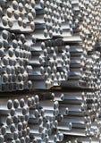 Ίδρυμα σωλήνων σχεδιαγραμμάτων μετάλλων για τις δομές κτηρίου Στοκ φωτογραφία με δικαίωμα ελεύθερης χρήσης