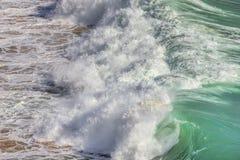 Αέρας θύελλας και κύμα των κυμάτων σε Sagres Αλγκάρβε Πορτογαλία Στοκ εικόνα με δικαίωμα ελεύθερης χρήσης