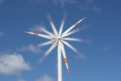 αέρας ισχύος μύλων γεννητριών Στοκ φωτογραφία με δικαίωμα ελεύθερης χρήσης