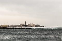 Αέρας στην αποβάθρα της Τεργέστης Στοκ φωτογραφίες με δικαίωμα ελεύθερης χρήσης
