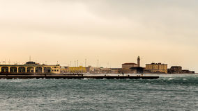 Αέρας στην αποβάθρα της Τεργέστης Στοκ φωτογραφία με δικαίωμα ελεύθερης χρήσης