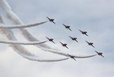 αέρα κόκκινη βασιλική ομάδα δύναμης παρουσίασης βελών βρετανική Στοκ Φωτογραφίες