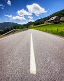 αέρα μπλε σύννεφων ουρανός της οδικής Σικελίας πανοράματος χωρών ανοικτός Στοκ Φωτογραφίες