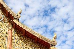 αέτωμα Ταϊλάνδη κορυφών στοκ εικόνες με δικαίωμα ελεύθερης χρήσης