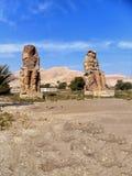Αίγυπτος, Βόρεια Αφρική, οι κολοσσοί Memnon, Thebes, πόλη Luxo Στοκ φωτογραφία με δικαίωμα ελεύθερης χρήσης