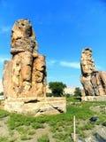Αίγυπτος, Βόρεια Αφρική, οι κολοσσοί Memnon, Thebes, πόλη Luxo Στοκ εικόνα με δικαίωμα ελεύθερης χρήσης