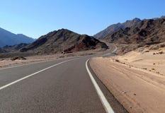 Αίγυπτος. Δρόμος. Θέες βουνού. Φύση της Αιγύπτου. Στοκ εικόνες με δικαίωμα ελεύθερης χρήσης