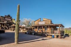 Αίθουσα και αρτοποιείο στη πόλη-φάντασμα Goldfield κοντά στο Phoenix, Αριζόνα Στοκ Εικόνες