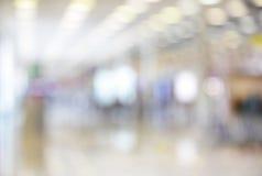 Αίθουσα με duty free τα καταστήματα Στοκ φωτογραφία με δικαίωμα ελεύθερης χρήσης