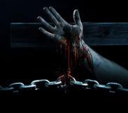 Αίμα που σπάζει τις αλυσίδες Στοκ εικόνα με δικαίωμα ελεύθερης χρήσης