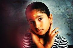 Αίσθημα του θλιβερός-πορτρέτου του παιδιού κοριτσιών Στοκ φωτογραφία με δικαίωμα ελεύθερης χρήσης