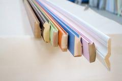 λαβές σιταριών επίπλων πορτών καφέ εξαρτημάτων Ο ξύλινος πλίνθος στοκ φωτογραφίες με δικαίωμα ελεύθερης χρήσης