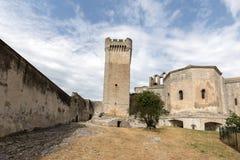 Αβαείο Montmajour κοντά σε Arles, Γαλλία Στοκ Φωτογραφία