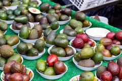 Αβοκάντο στην επίδειξη στην αγορά δήμων Στοκ Εικόνες