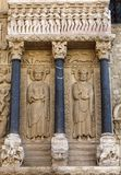 Αγάλματα των αποστόλων στον καθεδρικό ναό δυτικού πύλ Αγίου Trophime σε Arles, Γαλλία Bouches-du-Ροδανός, Στοκ εικόνα με δικαίωμα ελεύθερης χρήσης