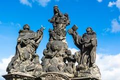Αγάλματα Madonna, Αγίου Dominic και του Thomas Aquinas στο Charles Στοκ εικόνα με δικαίωμα ελεύθερης χρήσης