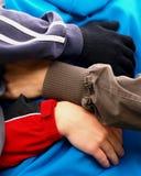 αγάπη αγκαλιάσματος Στοκ Εικόνες