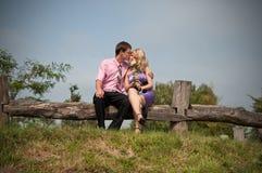 Αγάπη, αγόρι και κορίτσι Στοκ Φωτογραφίες