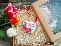 Αγάπη επιγραφής καρδιών κεραμικής για πάντα Στοκ φωτογραφία με δικαίωμα ελεύθερης χρήσης