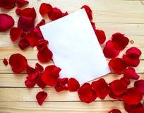 αγάπη επιστολών καρδιών φακέλων Στοκ φωτογραφίες με δικαίωμα ελεύθερης χρήσης