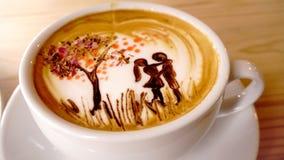 Αγάπη ζευγών τέχνης καφέ στοκ εικόνες