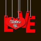 Αγάπη και καρδιά επιστολών που κρεμούν τα σχοινιά Στοκ εικόνα με δικαίωμα ελεύθερης χρήσης