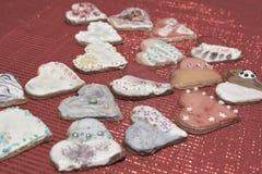 Αγάπη καρδιών μπισκότων Στοκ φωτογραφία με δικαίωμα ελεύθερης χρήσης