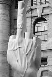 Αγάπη, μέσο πορτρέτο δάχτυλων από Cattelan Στοκ Εικόνα